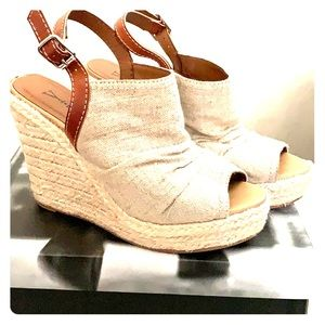 Shoes - Y•not? Tan Wedges